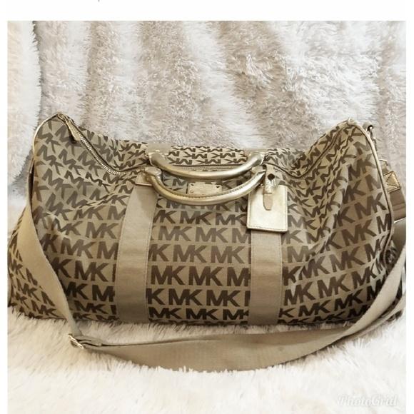 Michael Kors Handbags - 🌞🌴EXTRA LARGE MICHEAL KORS DUFFEL BAG